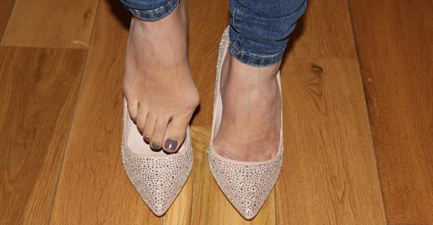 odpowiednie obuwie pod haluksy